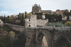 Free Photo Of Gray Castle And Bridge Royalty Free Stock Photo - 112565085