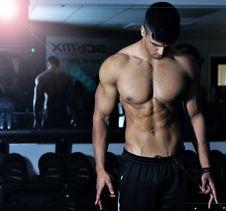 Free Man, Bodybuilder, Barechestedness, Body Man Royalty Free Stock Image - 112570176