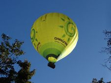 Free Hot Air Ballooning, Hot Air Balloon, Yellow, Green Royalty Free Stock Photography - 112678037