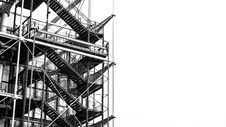 Free Scaffolding In Grayscale Photo Royalty Free Stock Photos - 112738558