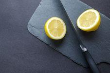 Free Sliced Lemon Royalty Free Stock Images - 112738719