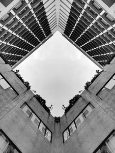 Free Gray High-rise Building Stock Image - 112809471