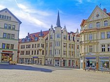 Free Town, Property, Mixed Use, Town Square Royalty Free Stock Photography - 112840977