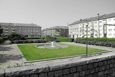 Free Grass, Residential Area, Neighbourhood, Campus Royalty Free Stock Photo - 112841445