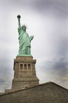 Free Statue, Monument, Sky, Landmark Stock Photos - 112841503