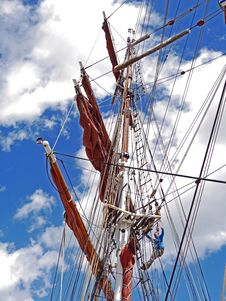 Free Sailing Ship, Tall Ship, East Indiaman, Mast Stock Images - 112842494