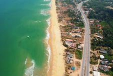 Free Top View Of Blue Sea And Brown Sand Royalty Free Stock Photography - 112878287