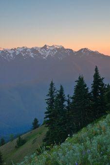 Free Mountain Views Royalty Free Stock Photos - 1134688