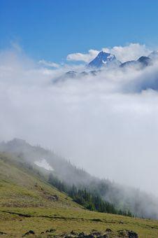 Free Mountain Views Royalty Free Stock Photo - 1134735