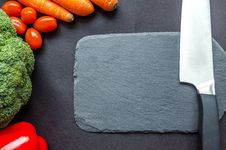 Free Black Handle Knife Near The Carrots Royalty Free Stock Photography - 113036137