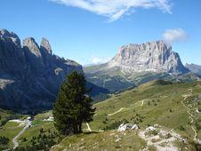 Free Mountainous Landforms, Mountain, Mountain Range, Wilderness Royalty Free Stock Image - 113061646