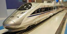 Free High Speed Rail, Transport, Train, Mode Of Transport Stock Photo - 113149270