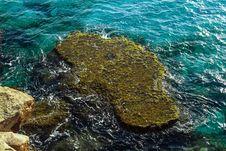 Free Water, Rock, Sea, Ocean Royalty Free Stock Images - 113164049