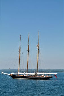 Free Tall Ship, Sailing Ship, Barquentine, Water Transportation Royalty Free Stock Images - 113164559