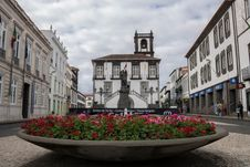 Free Town, Town Square, City, Flower Royalty Free Stock Images - 113240589