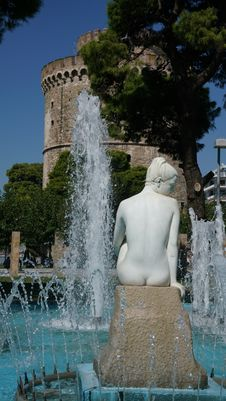 Free Water, Fountain, Sculpture, Statue Royalty Free Stock Image - 113373816