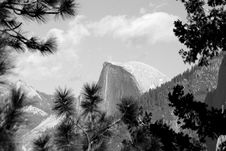 Free Half Dome Framed By Nature Royalty Free Stock Image - 11349536