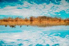 Free Landscape Photography Of Sky Reflect To Body Of Water Stock Image - 113417091