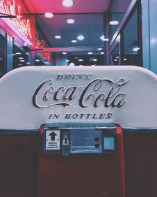 Free Red And White Drink Coca-cola In Bottle Dispenser Stock Photos - 113472773