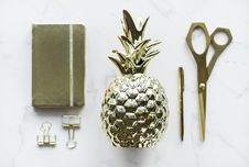 Free Gold-colored Pineapple, Scissors, Clamp Decors Stock Photography - 113472782