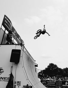 Free Grayscale Photo Of Bmx Rider On Tournament Royalty Free Stock Photo - 113472855