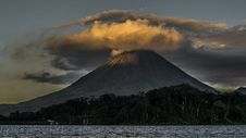 Free Landscape Photography Of Volcano Royalty Free Stock Photo - 113472895