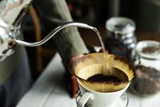 Free Shallow Focus Photography Of Kettle Pouring Water On Coffee Filter Royalty Free Stock Image - 113472996