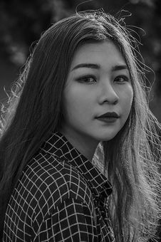 Free Grayscale Photo Of Woman Royalty Free Stock Photos - 113473128