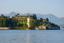 Free Photo Of Gray And Brown Castle Near On Sea Stock Photo - 113539790