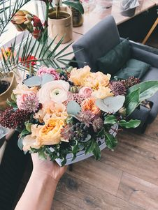 Free Assorted-color Flower Bouquet Royalty Free Stock Images - 113809059