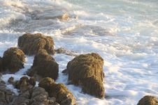 Free Rock Formation Near Body Of Water Royalty Free Stock Photography - 113809147