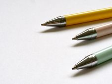 Free Three Ball-point Pens Stock Photos - 113809213