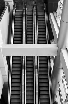 Free Grayscale Photo Of Escalator Stock Images - 113947554