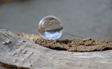 Free Water Drop On Brown Surface Royalty Free Stock Images - 113947579