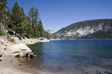 Free Scenic Mountain Lake,Edison Lake Royalty Free Stock Image - 1140046