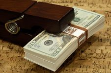 Free Money Clip Royalty Free Stock Photo - 1141905