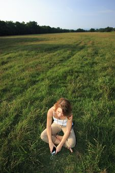 Free Girl In Field Stock Images - 1143314
