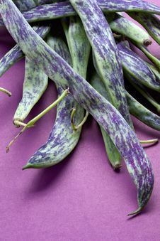 Free Big Green Bean-pods Stock Photography - 1144892