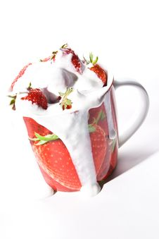 Free Fresh Creamy Strawberries Stock Photo - 11403690
