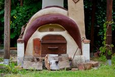 Free Masonry Oven, Cob, Grass, House Stock Image - 114296401