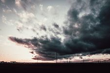 Free Dark Cloudy Sky Stock Photography - 114321162