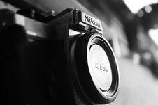 Free Black Nikon Bridge Camera With Closed Lens Stock Images - 114442854