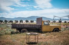 Free Yellow Truck On Field Stock Photos - 114443023