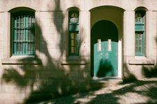Free Green Wooden Door Stock Images - 114443104