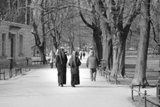 Free Grayscale Photo Of Two Nuns Royalty Free Stock Photo - 114443265