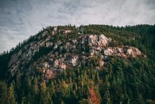 Free Aerial Photo Of Cable Car On Mountain Stock Images - 114443304