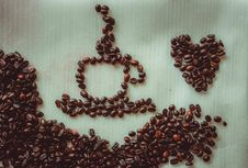 Free Closeup Photo Of Coffee Beans Royalty Free Stock Images - 114510669
