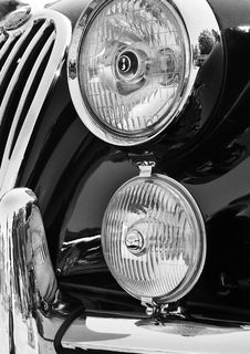Free Close-Up Photography Of Headlights Stock Photography - 114510902