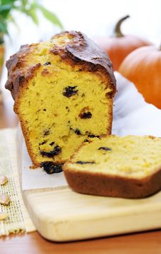 Delicious Pumpkin Bread With Raisins Royalty Free Stock Photography
