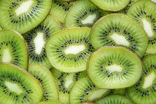 Free Close-Up Photography Of Sliced Kiwi Fruits Stock Photo - 114603260